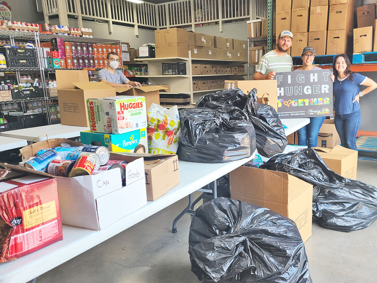 New Hope Christian Church donates to Amazing Grace Food Pantry