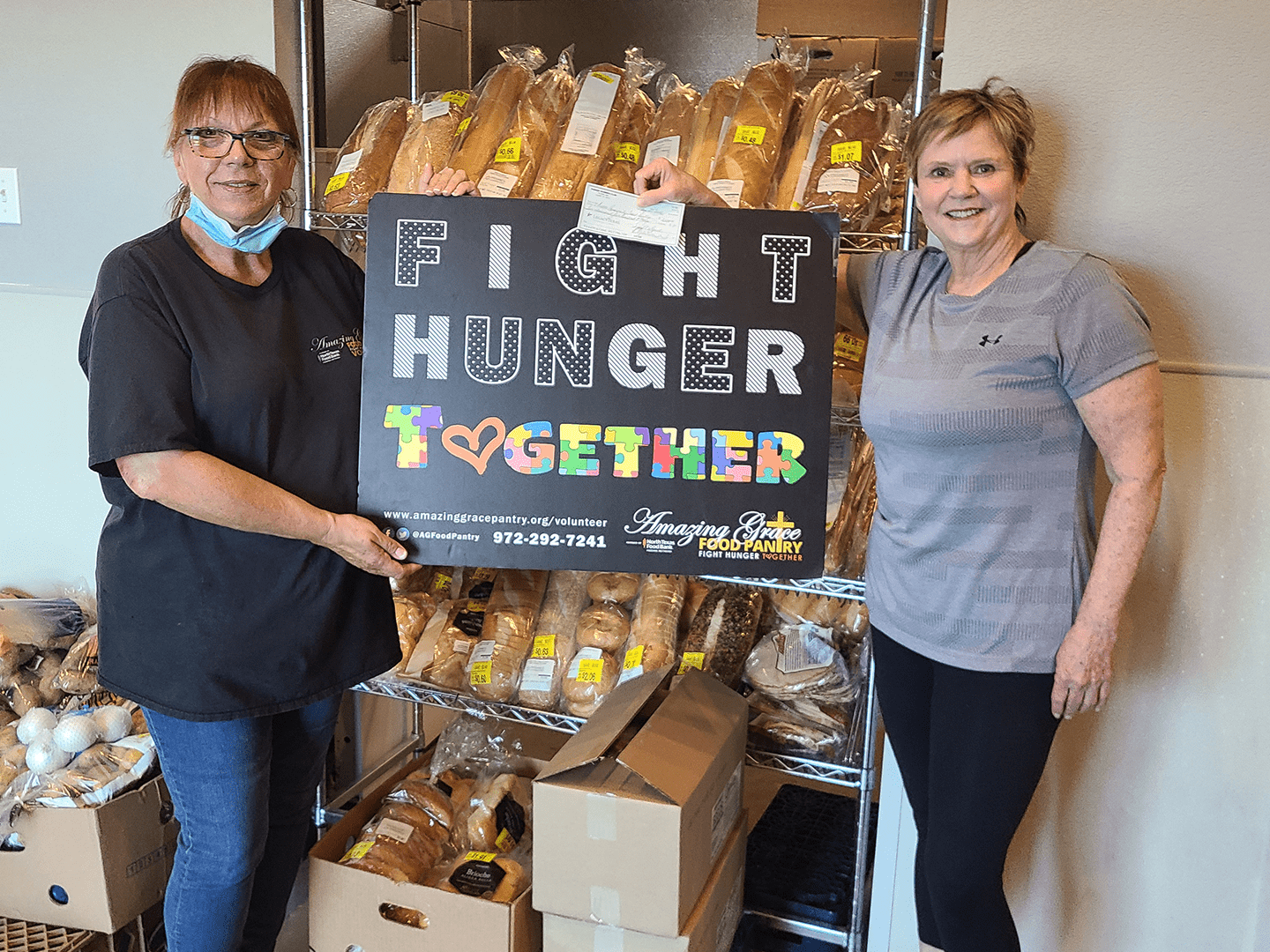 Parker Women's Club donates to Amazing Grace Food Pantry